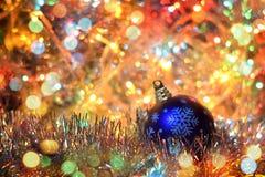 Figure 2016 (nuovo anno, Natale) nelle luci intense Fotografie Stock Libere da Diritti
