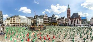 Figures d'Ottmar Hoerl pour célébrer le 25ème anniversaire de G Photo libre de droits