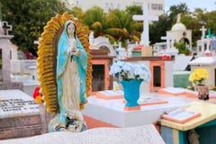 figures den karibiska katolska kyrkogården för ängeln saints royaltyfria bilder