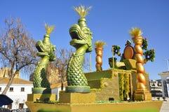 Figures drôles colorées, les Rois magiques Parade Image stock