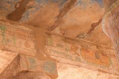 Figures sur les colonnes du temple de Louxor Photographie stock libre de droits