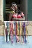 Figurina brasiliana sorridente Salvador Bahia della donna Immagini Stock