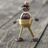 Figurina fatta delle castagne Fotografia Stock Libera da Diritti