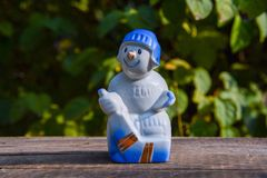 Figurina sovietica della vecchia porcellana d'annata - il giocatore di hockey Fotografia Stock