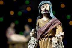 Figurine de scène de nativité d'un berger Traditions de Noël Photographie stock