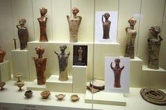 Figurine dell'argilla in museo di Micene, Grecia Fotografie Stock Libere da Diritti