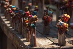 Figurine di legno al mercato del mestiere nello Swaziland Immagini Stock Libere da Diritti