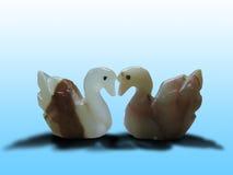 2 figurines лебедя Стоковая Фотография