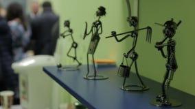 Figurines занятий людей видеоматериал