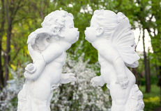 Figurines angels kissing Royalty Free Stock Photos