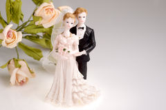 Figurines of wedding couple Stock Photography