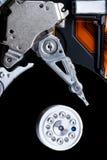 Fijación de un componente de ordenador Imagen de archivo libre de regalías