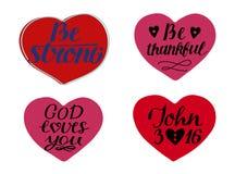 Fije de 4 corazones con citas de las mano-letras sea fuerte Dios le ama Juan 3 16 libre illustration