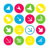 Fije de 16 iconos de la flecha con la dirección suroriental Botones de la flecha en el fondo blanco en carmesí, azul, amarillo y  stock de ilustración