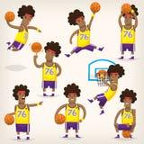 Fije de jugadores de básquet en diversas posiciones imagenes de archivo