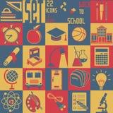 Fije de nuevo al schoo, 22 iconos planos (los símbolos de la educación) Fotos de archivo libres de regalías
