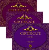 Fije de plantillas elegantes del diploma con el ornamento del cordón stock de ilustración