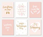Fije de tarjetas exhaustas de las tarjetas del día de San Valentín de la mano simple fotografía de archivo libre de regalías