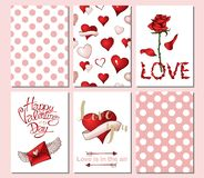 Fije de 6 tarjetas o plantillas para día de San Valentín con los elementos rojos y rosados adornados stock de ilustración