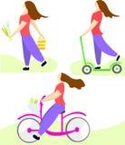 Fije el ejemplo Muchacha que monta una bicicleta, montando una vespa y llevando las flores Ejemplo en un estilo plano stock de ilustración