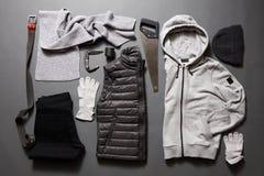 Fije el men& x27; ropa y accesorios de s Fotos de archivo