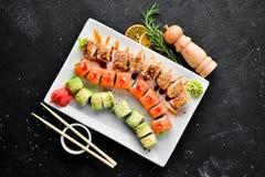 Fije el rollo de sushi Plato tradicional chino imágenes de archivo libres de regalías