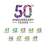 Fije la cuesta llena moderna del 41o a 50.o del aniversario triángulo abstracto de los años ilustración del vector