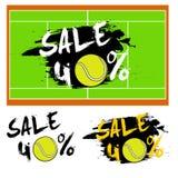 Fije la venta de las banderas el 40 por ciento con la pelota de tenis Fotos de archivo