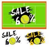 Fije la venta de las banderas el 60 por ciento con la pelota de tenis Foto de archivo libre de regalías