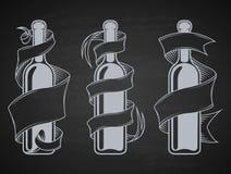 Fije las botellas con la cinta Imagenes de archivo