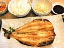 Fije las comidas limpias japonesas de la parrilla del ro Shioyaki de Saba Teriyaki imagen de archivo libre de regalías