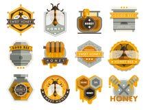 Fije las etiquetas del logotipo de la abeja para el vector sano de la comida de la granja de los productos de la miel del emblema stock de ilustración