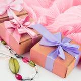 Fije los accesorios para la compra de la moda de las mujeres Fotografía de archivo libre de regalías