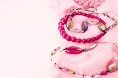 Fije los accesorios para la compra de la moda de las mujeres Fotos de archivo