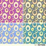 Fije los anillos del modelo en colores pastel Imagen de archivo
