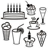 Fije los withdesserts y las bebidas Fotos de archivo libres de regalías