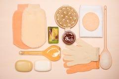 Fije para el cuidado del cuerpo de la piel, accesorios del baño Fotografía de archivo