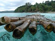 fiji för 4 bambu raft Arkivfoto
