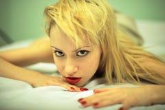 Fijn kunstportret van elegant meisje Stock Foto's