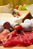 Fijne vleeswaren en kaas Stock Foto's