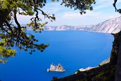 Fikcyjny statek, Krater jezioro Fotografia Royalty Free