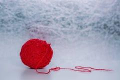 Filète la boule pour le tricotage Photos libres de droits