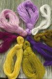 Fil de laine pour la broderie Photos libres de droits