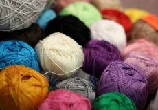 Fil de laine pour le tricotage Photos stock