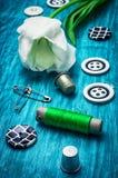Fil et boutons Photo libre de droits