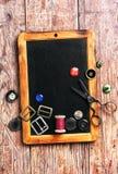 fil et boutons de couture Photo libre de droits