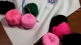 Fil, fond, couture, laine, objet, vert, fil, pourpre, métier, lumineux, arc-en-ciel, coton, textile, couleur, jaune, en bois, Images libres de droits
