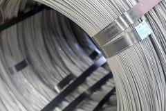 Fil machine en acier - bobines d'acier Photos libres de droits