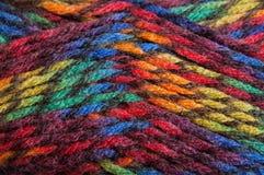 Fil multicolore pour le tricotage Image libre de droits