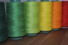 Fil rouge, vert, jaune et orange Images libres de droits
